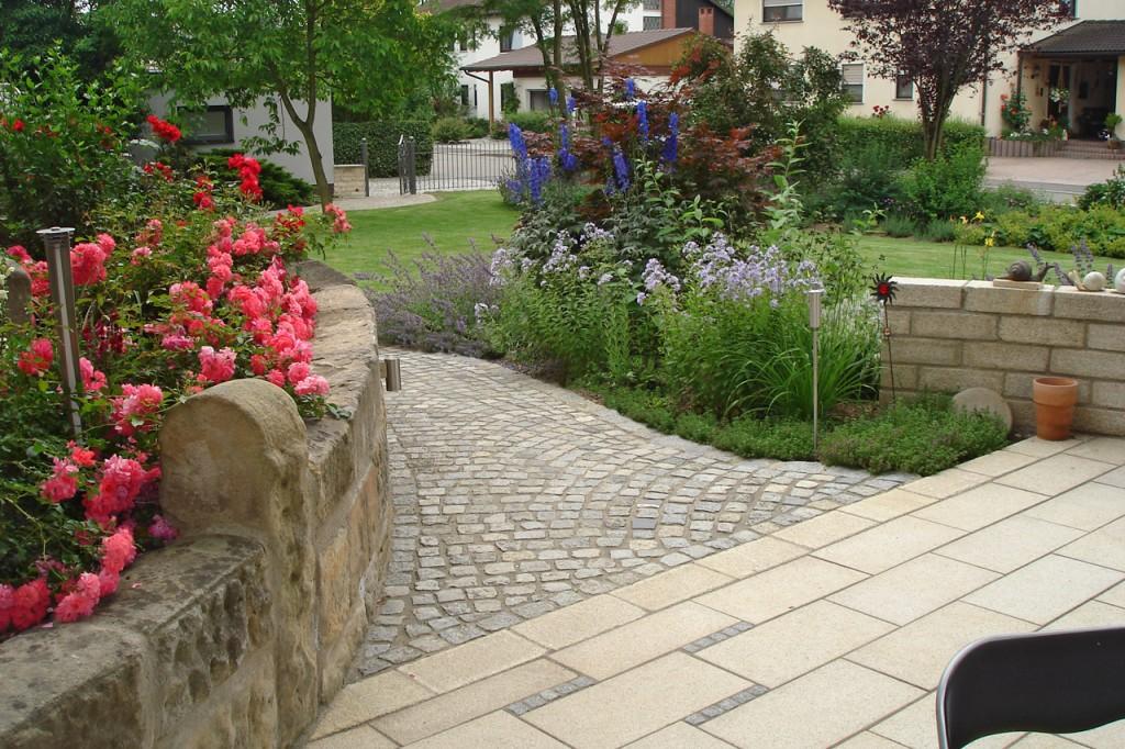 Grünpflege privater Gartenanlagen.