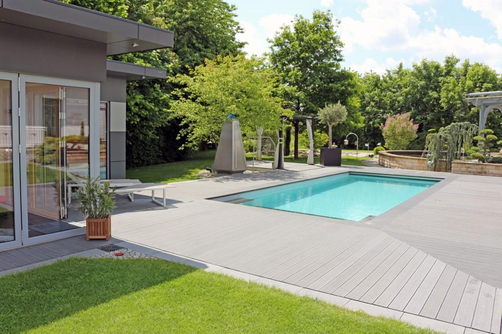 Ein Pool, natürlich wie ein Schwimmteich! Darauf haben Sie gewartet, dann sprechen Sie uns an!