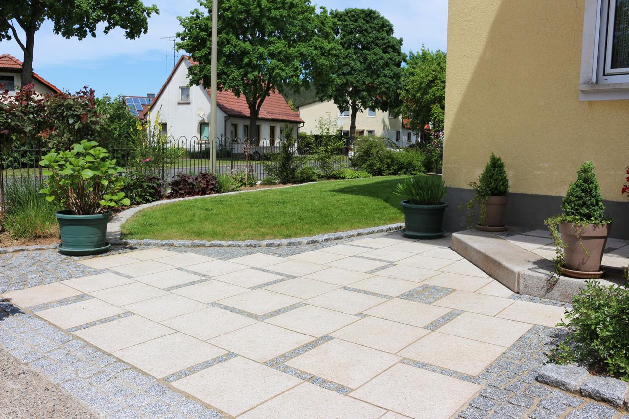 Vorgarten in Unterlangenstadt