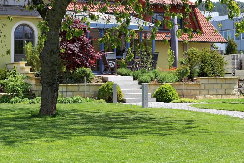 Ein Garten vom Profi, eine Wohlfühloase in Redwitz.